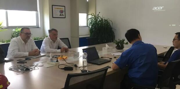 意大利新客户来访浙江英洛华装备制造有限公司