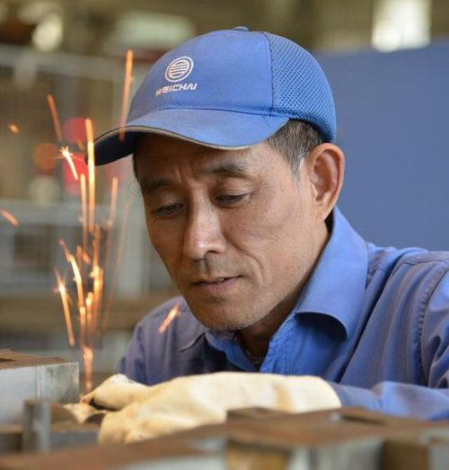 潜心钻研模具30年,潍柴王世杰彰显一线工匠风范